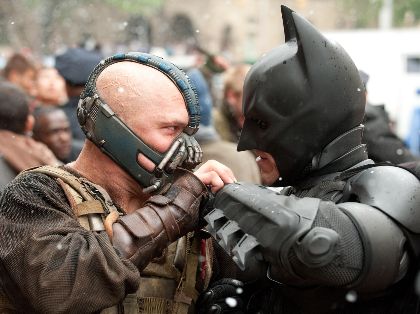 Comic Books vs. Films: Should Fans React To The Inaccuracy?