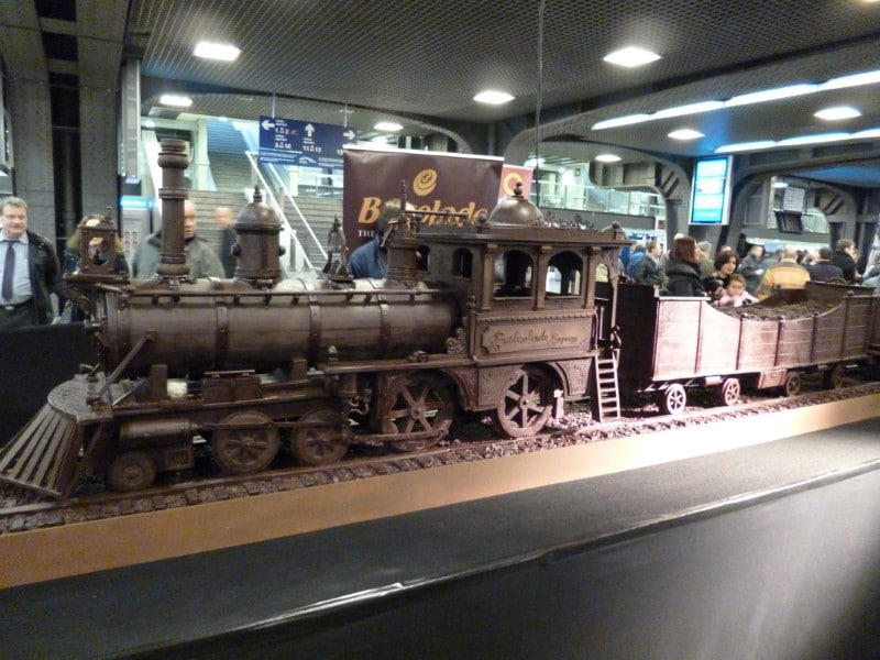 chocolate-train-sets-world-record