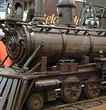 This Enormous Mouth-Watering Chocolate Train Sets A World Record