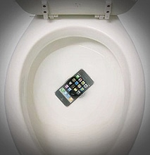 How To Save Your Smartphone If You Drop It In The Toilet