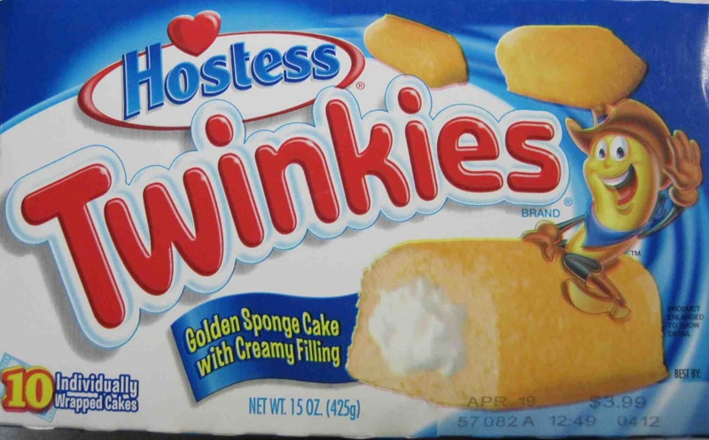 How To Make Your Own Delicious Twinkies [Video]