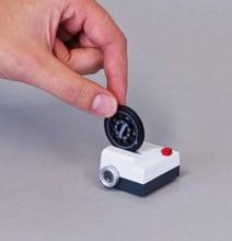 Projecteo: Mini Retro Instagram Image Slide Projector