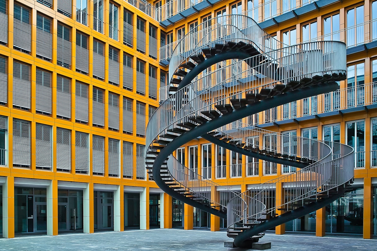 infinity-spiral-staircase-goes-nowhere