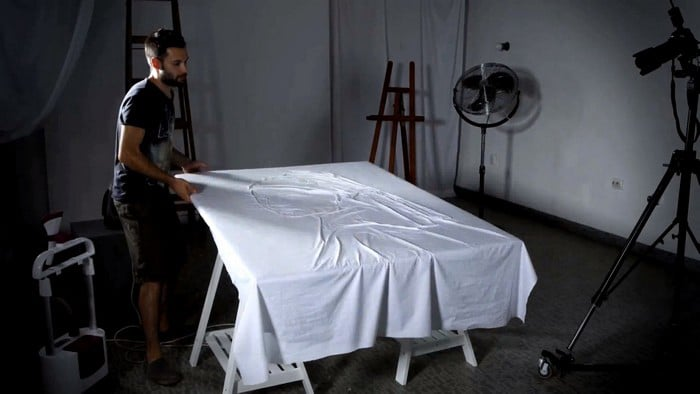 famous-portraits-ironing-with-sheets