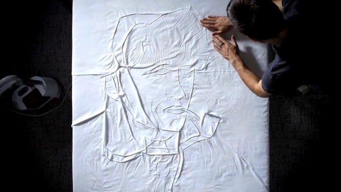 famous-portraits-from-ironing-sheets