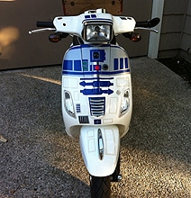 Star Wars Mod: The Super Geeky & Fabulous R2-D2 Scooter