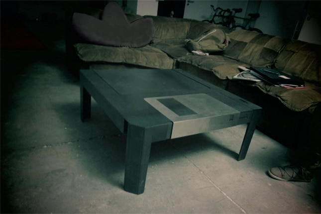 retro-coffee-table-floppy