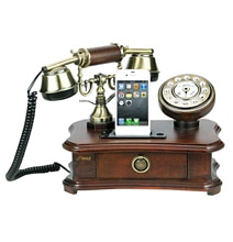 Retro iPhone Dock Makes Even The Touch-Tone Phone Look Up To Date