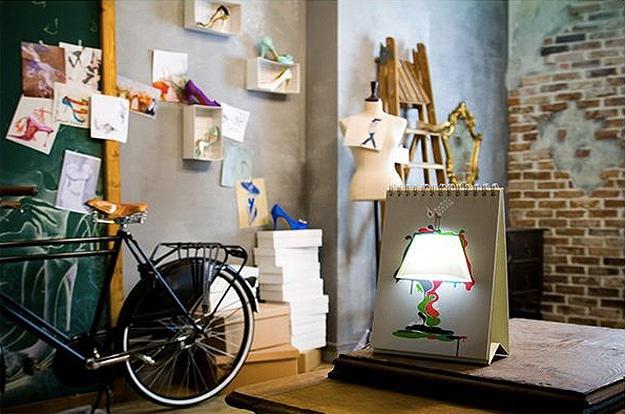 sketchbook-styled-usb-lamp