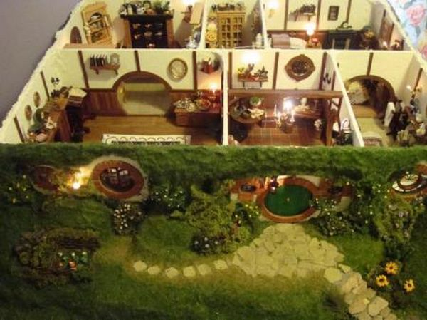 toy-doll-house-hobbit