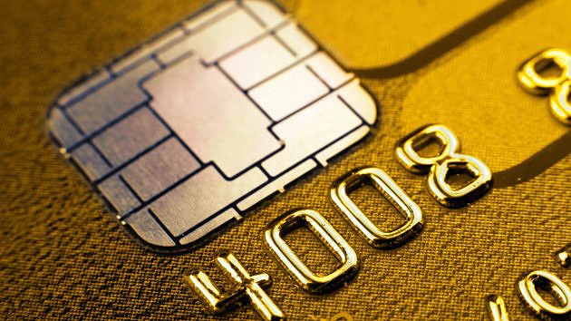 World's First Credit Card Made From Pure Gold & Diamonds