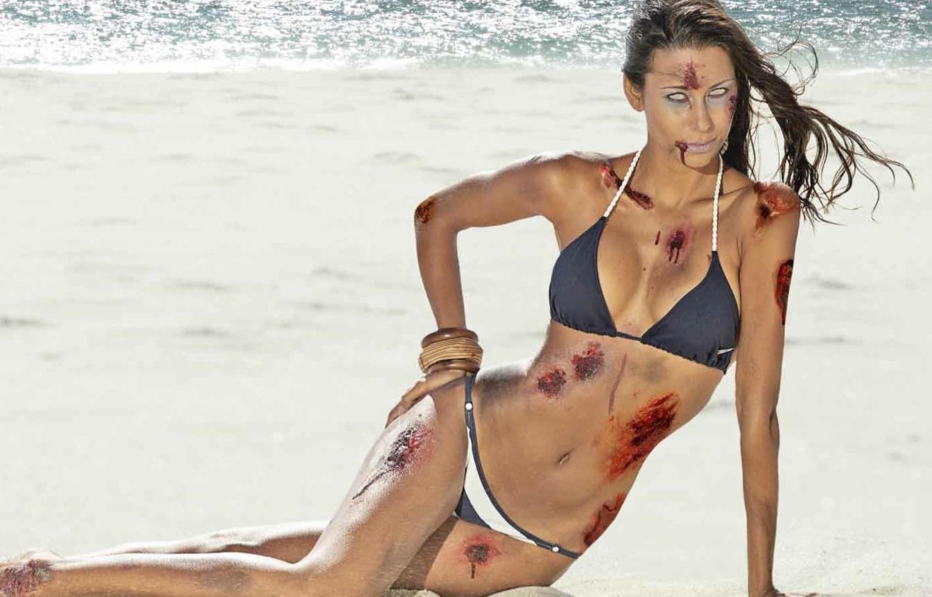 Sexy Zombies: The 2013 Zombie Bikini Calendar