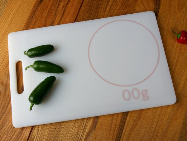 cutting-board-embedded-scale
