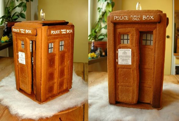 gingerbread-tardis-holiday-spirit
