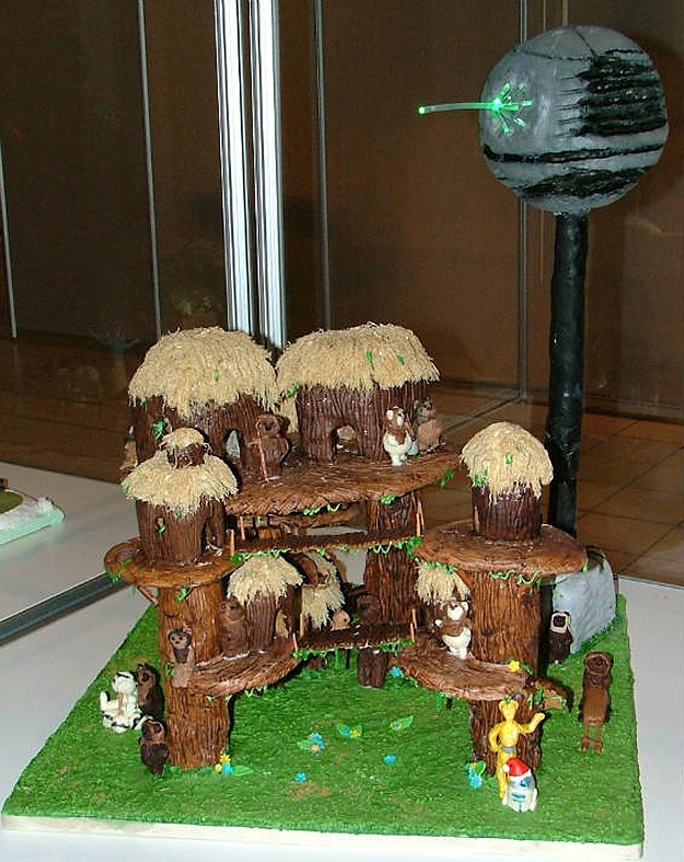 gingerbread-ewok-village-holiday-spirit