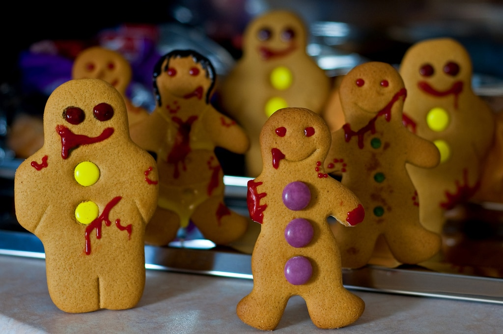 25 Inspiring Gingerbread Creations To Put You In The Holiday Spirit