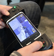 PhoneJoy Turns Your iPhone Into A Handheld Console