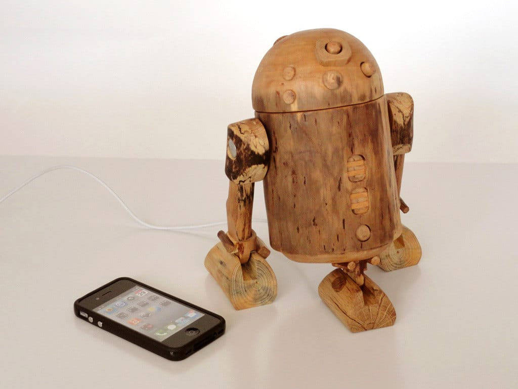 r2-d2-iphone-dock