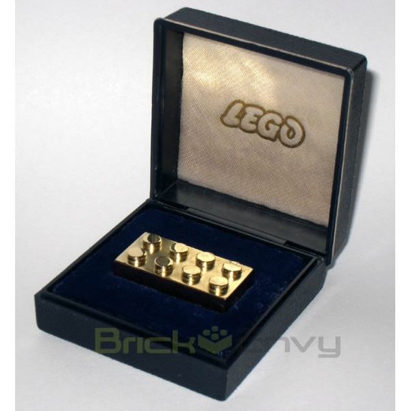 World's Most Expensive LEGO Solid Gold Brick Now Up For Grabs