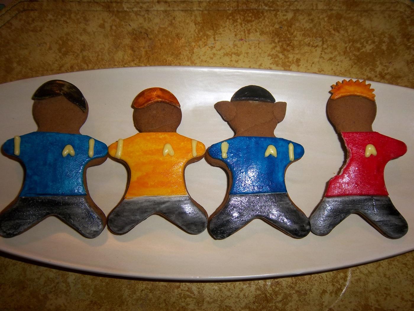 gingerbread-star-trek-holiday-spirit