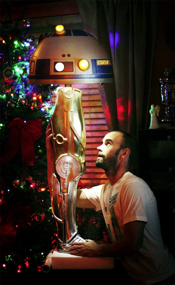 R2-D2 & C-3PO Shed A Leg & A Head For A Star Wars Lamp