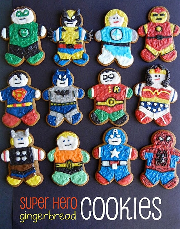 superheroes-gingerbread-holiday-spirit