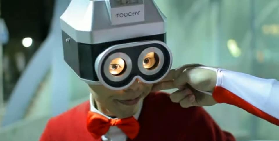 touchy-camera-helmet-concept