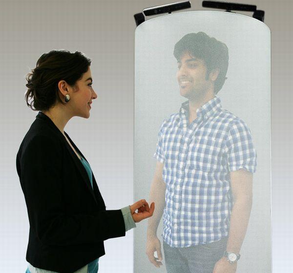 3D Holographic Pod Enables Life-Size 3D Phone Calls