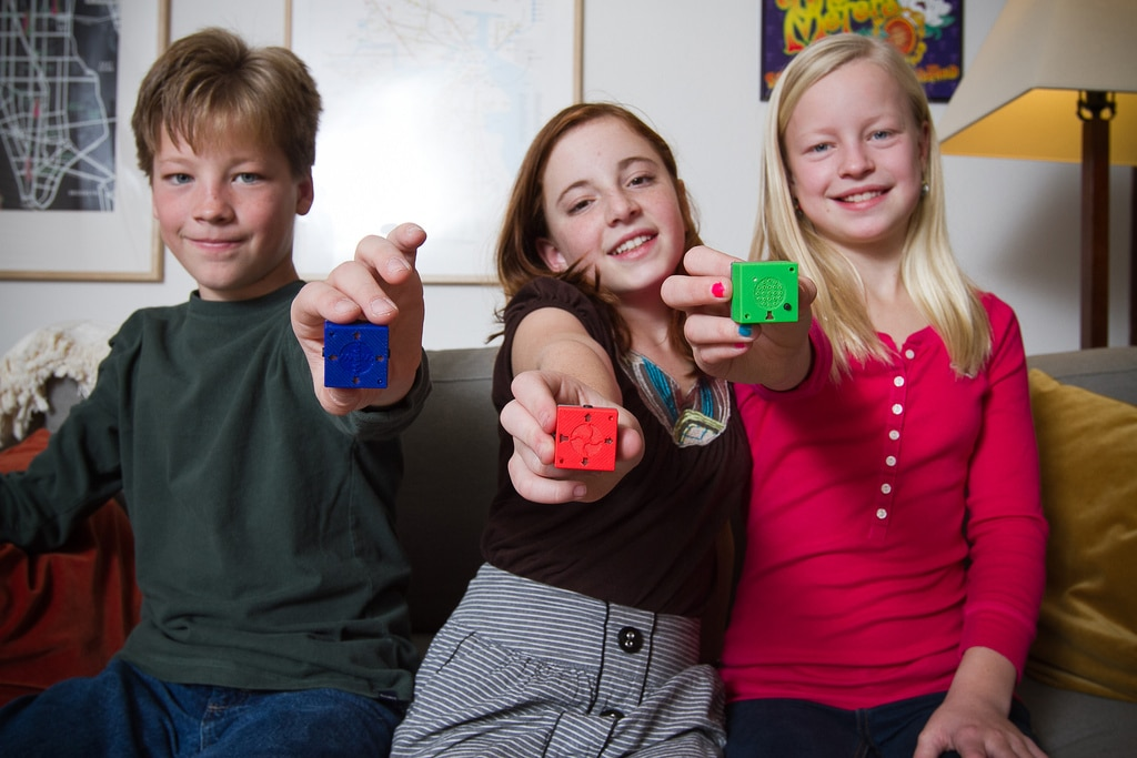 High Tech Building Blocks Kids Control With Their Smartphones