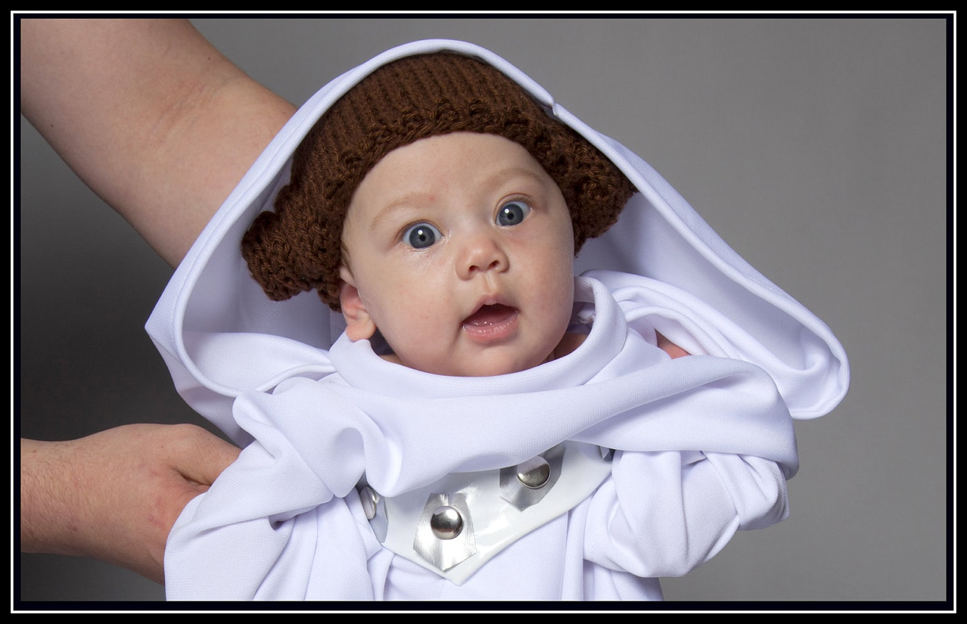 Princess Leia Baby Robe & Hat: Let Your Baby Girl Go Geek