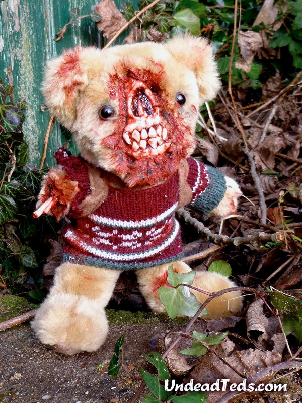 bloody-undead-stuffed-bears