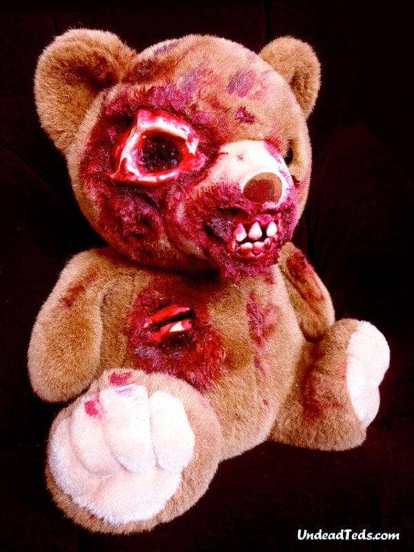 bloody-undead-stuffed-bears