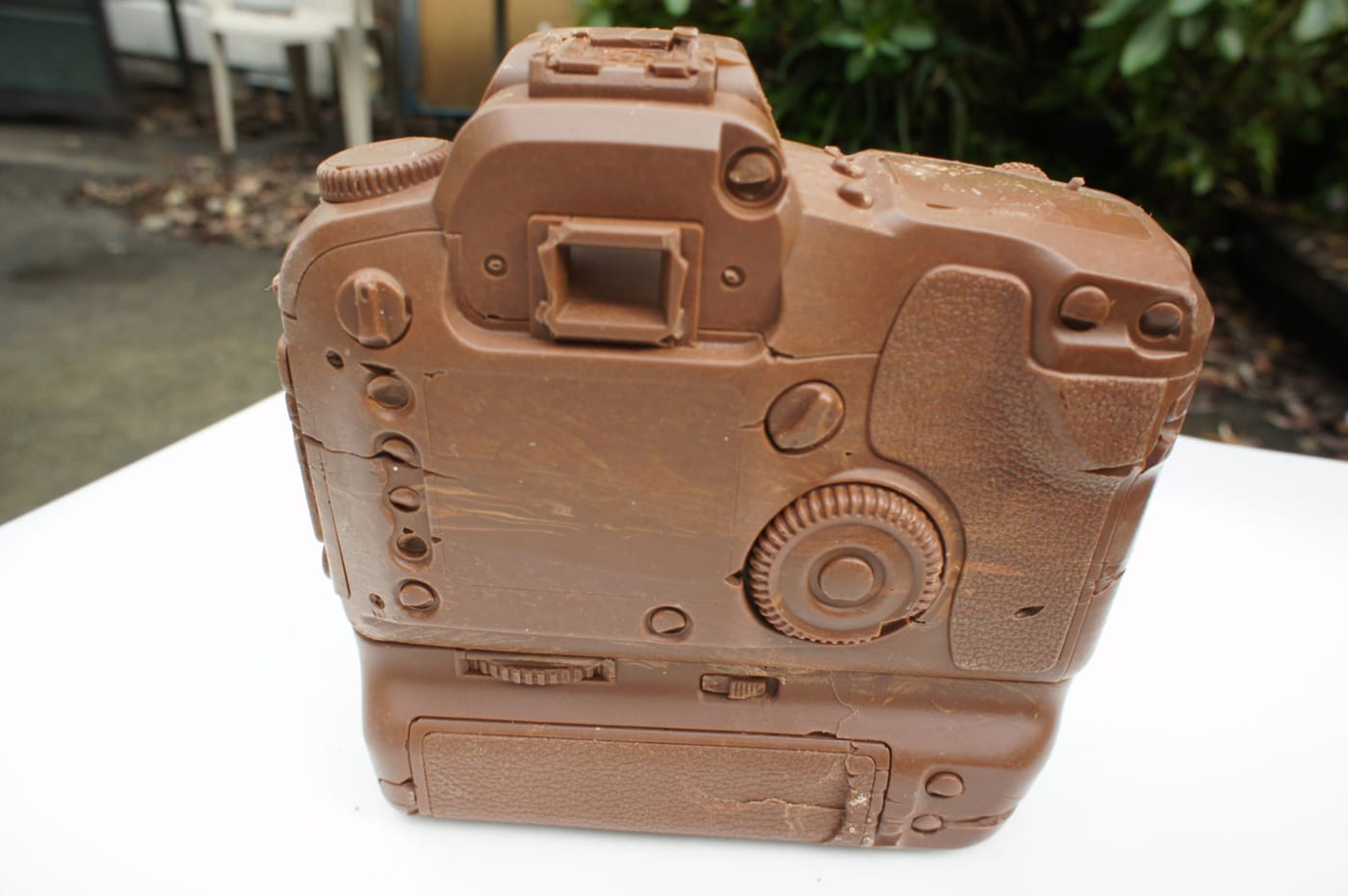 chocolate-canon-d60-camera