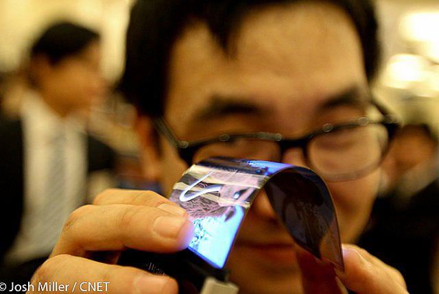 Flexible Smartphone Batteries To Fit In Flexible Smartphones
