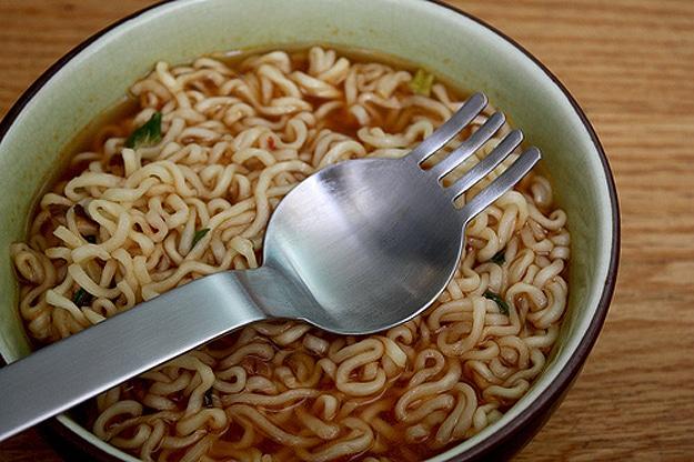 innovative-spork-for-noodles