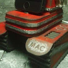 iPhone 5 Docking Stations That Look Like Artistic WWII Tanks