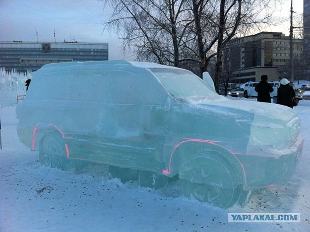 toyota-truck-ice-carving