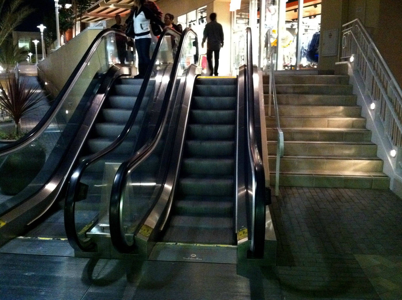 World's Shortest Escalator (Less Than 3 Feet) Is A Glorious Experience