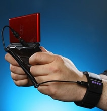 Wrist Charger Puts An Emergency Power Source On Your Wrist
