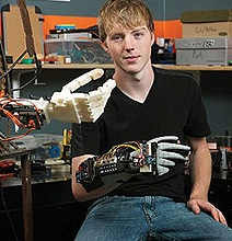 3D Printed Smart Prosthetic Arm Created By A Teenager For Cheap