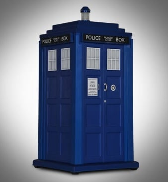 Calling All Humanoid Aliens: This Is The Officially Licensed TARDIS PC