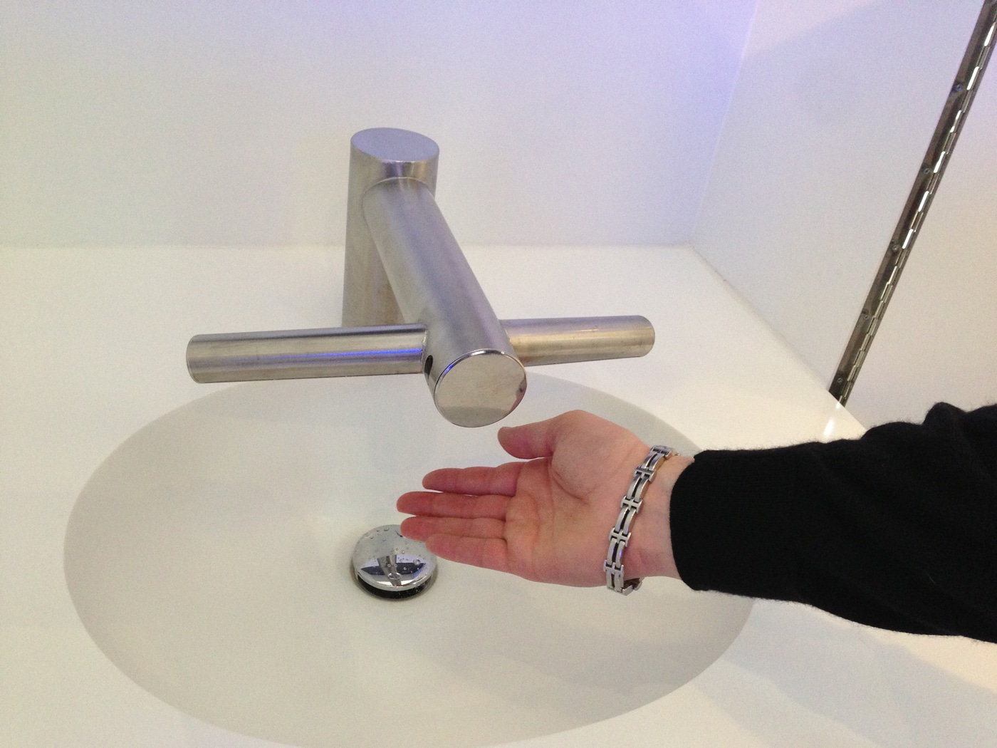 Dyson Airblade Tap Optimizes Our Entire Hand Washing & Drying Process