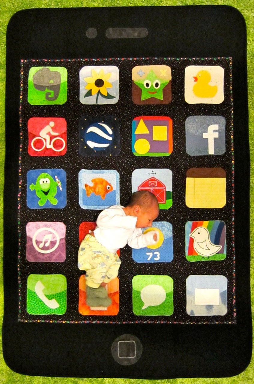 10 Geeky Quilts & Baby Blankets To Keep Your Future Geek Warm