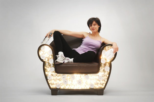 hollow-chair-design-with-lights