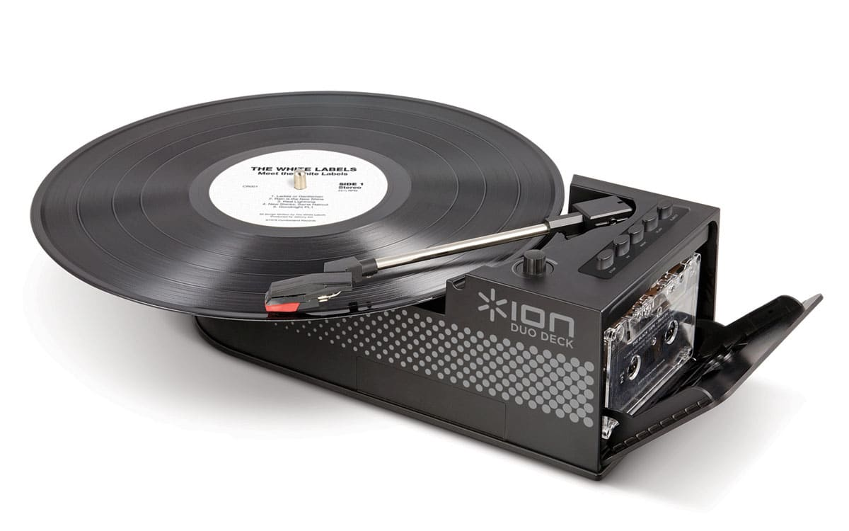 Ultra-Portable Vinyl USB Turntable For The Retro Traveler