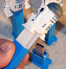 Star Wars Flash Drives Built Into Functional Pez Dispensers