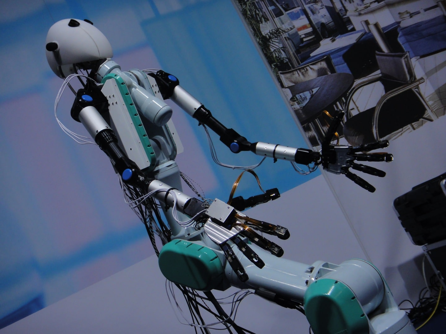 virtual-robotics-avatar-technology