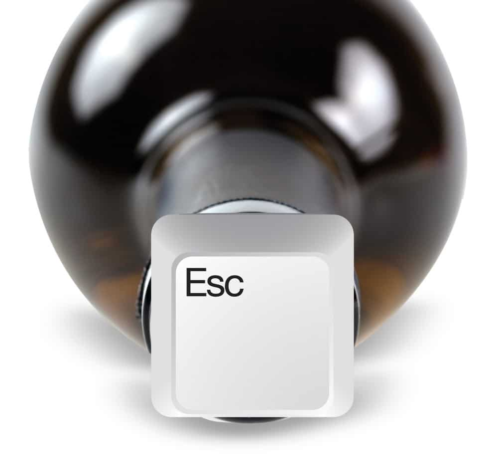 Bottle Stoppers For Computer Geeks: Plug Your Wine With A Keyboard Key