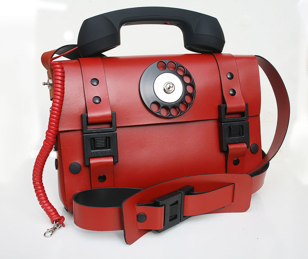 working-telephone-bag-1970s