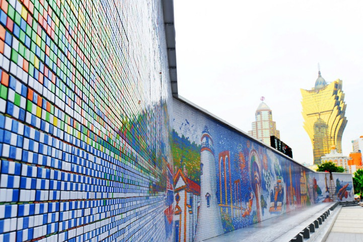 largest-rubiks-cube-wall-mosaic
